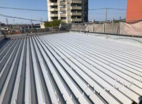 折半屋根・ボルトキャップとは? 岡崎市・西尾市の外壁塗装専門店カナルペイント
