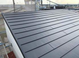 【豊田市Y様邸】スーパーガルテクトフッ素で屋根カバー工法を行いました!